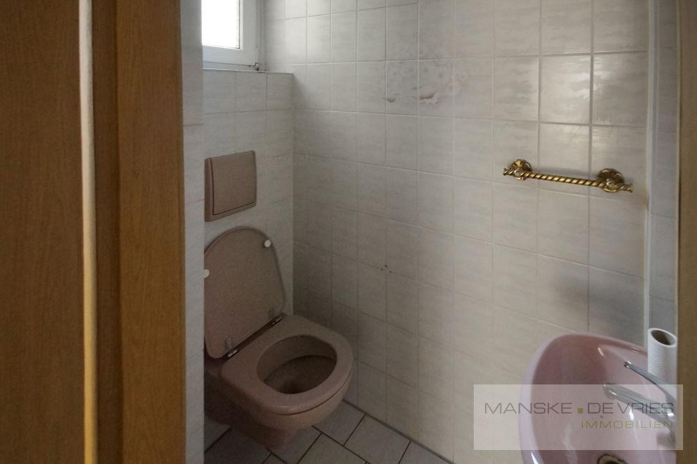 Gäste-WC EG rechts